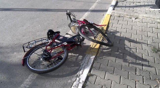 Minibüs Süren 15 Yaşındaki Çocuk Bisikletliyi Öldürdü