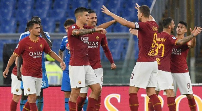 Roma, Napoli karşısında 3 puanı 2 golle aldı