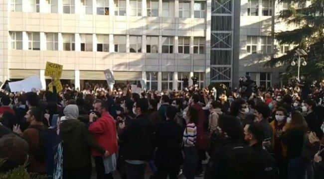 İstanbul Valiliği'nden Boğaziçi protestosu ile ilgili açıklama