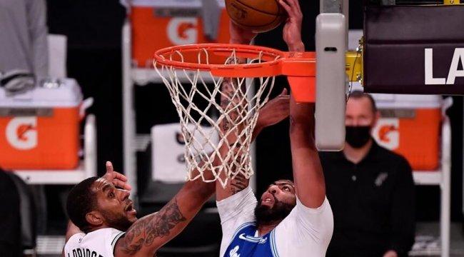 NBA'de Gecenin Sonuçları | Spurs, Lakers'ın galibiyet serisine son verdi!