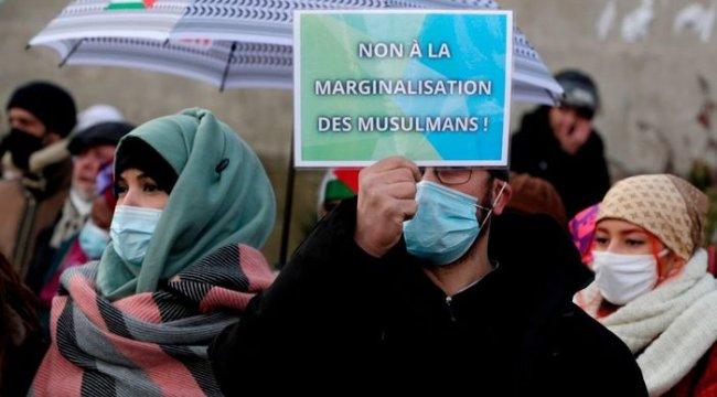 Fransa'da, tartışmalı 'radikal İslamcılarla mücadele' tasarısı Ulusal Meclis'te onaylandı