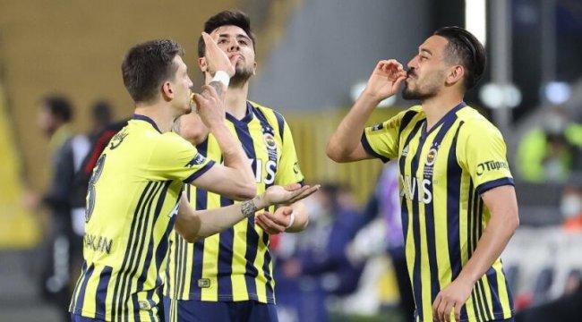 Fenerbahçe Beşiktaş'ın peşini bırakmıyor