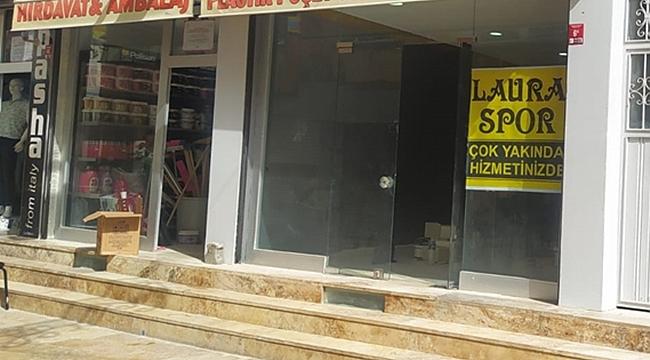 Laura Spor Mağazası