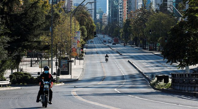 Şili Kovid-19 nedeniyle 5 Nisan'dan itibaren tüm sınırlarını kapatacak