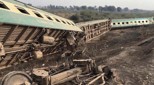 Son dakika... Pakistan'da tren kazası: En az 30 ölü