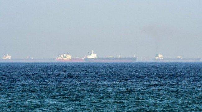 BAE açıklarında, petrol tankeri silahlı kişilerce kaçırıldı ve İran'a gitmesi emredildi