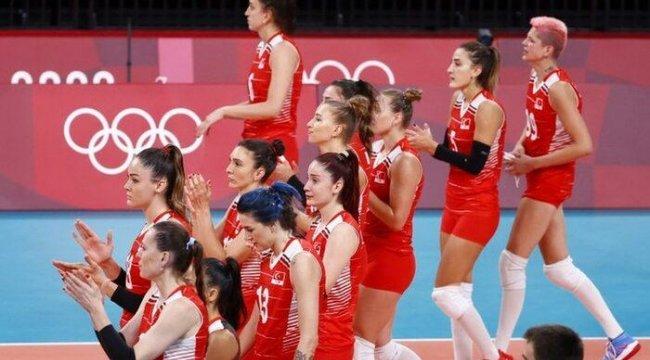 Türkiye Kadın Voleybol Takımı Yanlış Kadro Seçimleriyle Olimpiyatlar'a veda etti