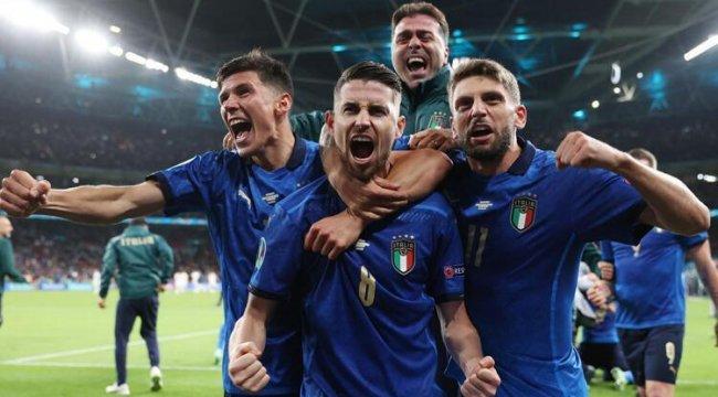 İtalya'dan dünya rekoru! Yenilmezlik serisi 36 maça çıktı