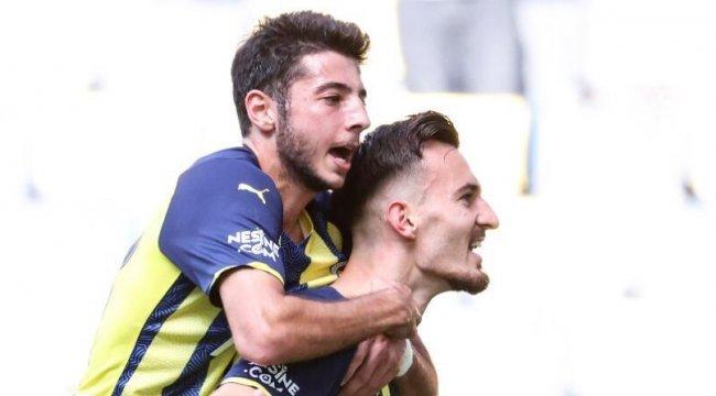 Fenerbahçe milli araya lider girdi